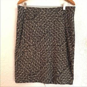 Ann Taylor Black Cream Pencil Skirt Size 12P